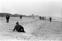 A vet sits on Omaha Beach, 35 years after D-Day